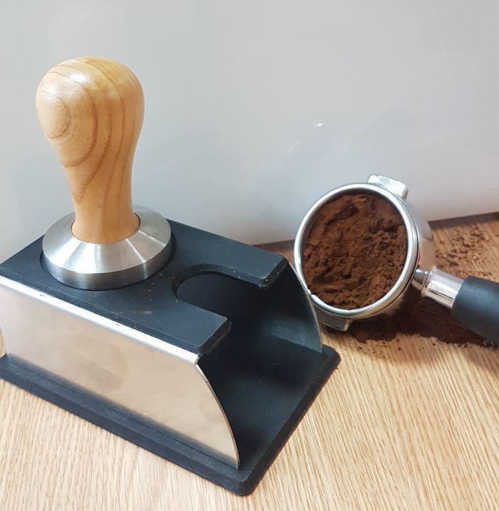 Подставка для темпера и холдера (рожка) для темповки кофе